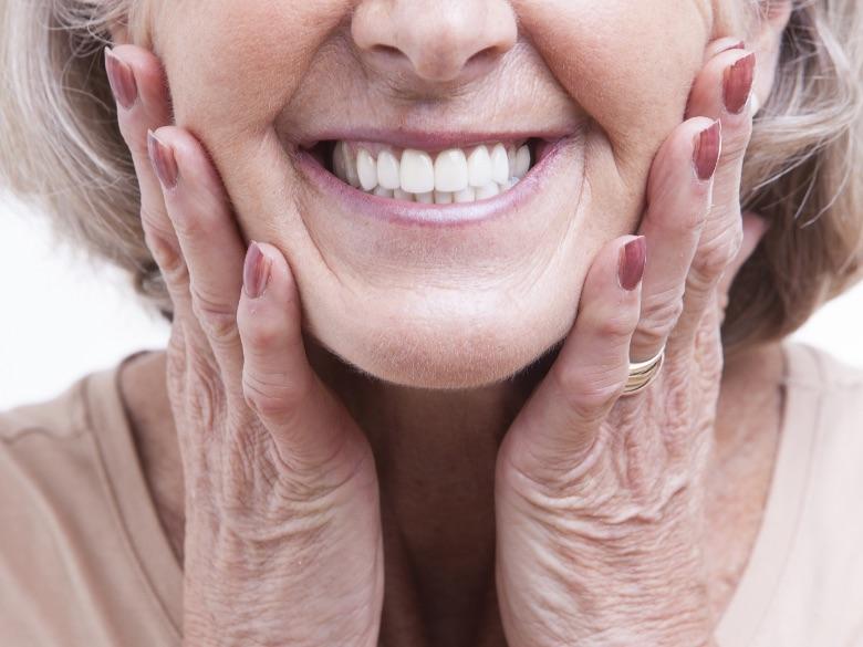 Protesi Fissa a Tradate e Carnago | Studio Dentistico Laporta | Studio Dentistico a Tradate e Carnago