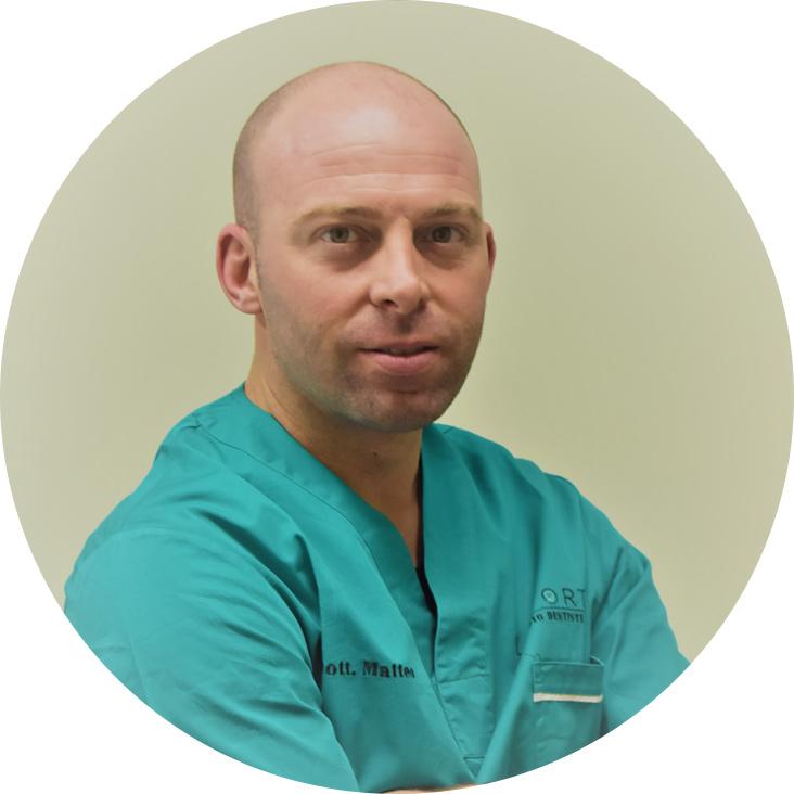 Matteo Laporta | Studio Dentistico Laporta | Studio Dentistico a Tradate e Carnago